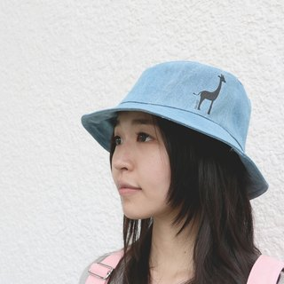 MaryWil Bucket Hat-Denim Giraffe