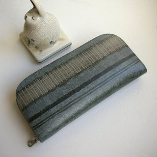 Saito rhyme gray blue stripes watercolor blown tarpaulins - long clip / wallet / purse / gift