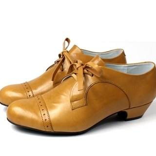 │ retro brown oxford shoes
