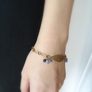 Multi-Blues Sodalite Eye-Shaped Brass Filigree Copper Chain Bracelet