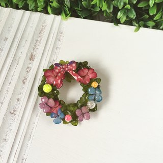 """Christmas Limited"" Christmas really hydrangea wreath brooch luminous glass ball / brooch"