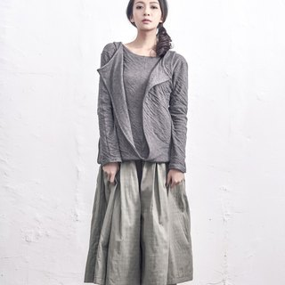 Lamina solid two wear sweater / gray