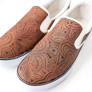 Hand Drawing Shoes/wood