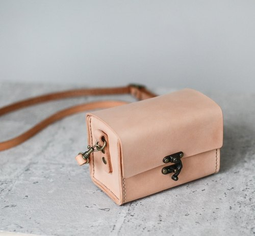 Classy Hand Stitched nude color leather camera case for Canon Sony DC