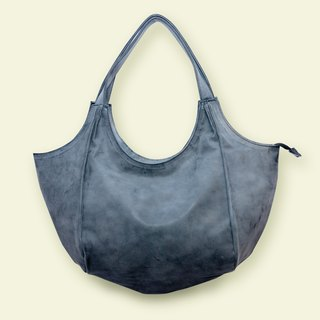 Six-piece three-dimensional cut bag! Saddle bag / half-moon bag handmade product