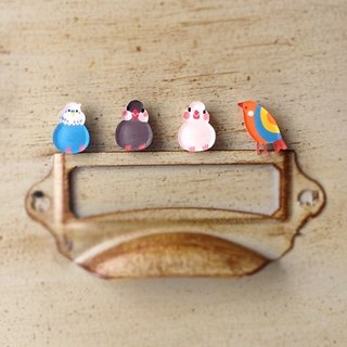 ◤ hand-painted bird earrings (one pair into the 4 optional) / hypoallergenic needle / ear clip-on can be changed