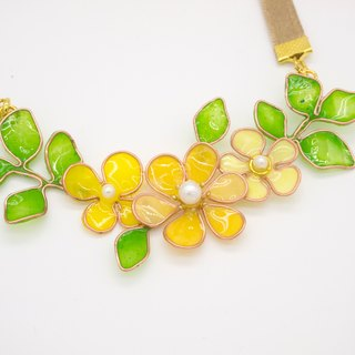 Aramore copper twisted yellow and green necklace