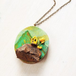 Moriyama cabin | heart painted | Wood | Natural stone | Crystal | Red Jasper | Necklace | Christmas | Gifts