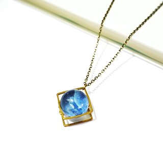 The Dreamy Marble Necklace - Blue Hydrangea