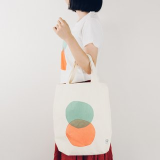INNER | Round Intersection Embossed Cloth Bag