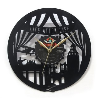 [Time traveler 1888] vinyl clock. Life of life