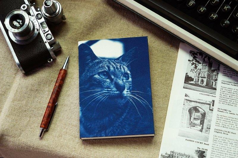 手工藍曬筆記本 - 貓系列 - 遠眺