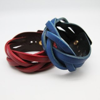 Hand-woven leather bracelet (wide version 5 series)