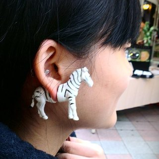 Taiwan original Magic Double M Animal earrings - Zebra articles