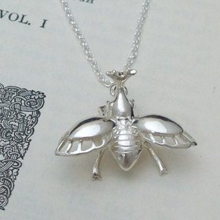 GT Beetle 28-inch sterling silver necklace