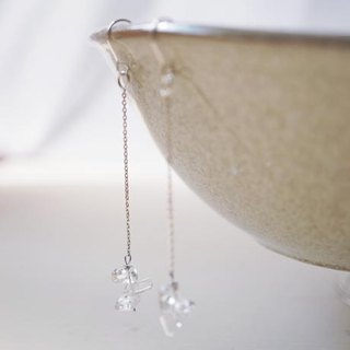 Natural gem white crystal silver earrings