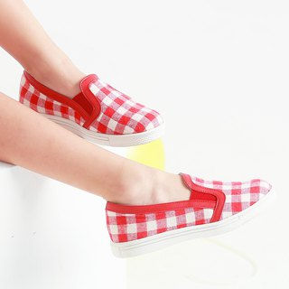 Taiwanese plaid girls casual shoes - red and white