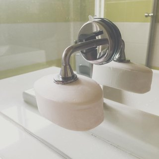 Magnetic sucker soap holder