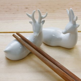 Taiwan sika deer: Taiwan unique species in the mountains of the wizard series chopsticks shape