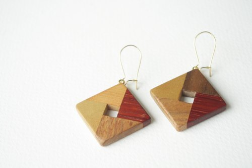 square earring(red)