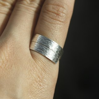Hand forged knock - hammer ring