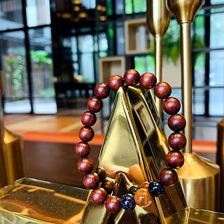 "Suddenly ""bracelet series of"" red sandalwood - pioneering cardiothoracic"