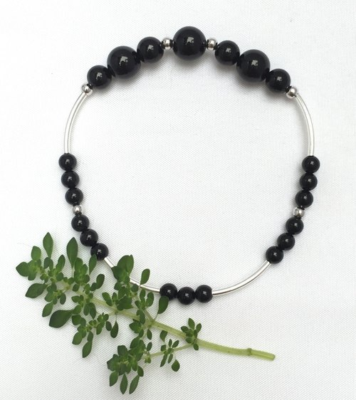 BR0332 - own design and manufacture of natural gems - Black Onyx / Silver 925 bracelet