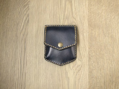 Wallets, modern cowboy character x daily carry the bulk cardboard bag / purse (black basket)
