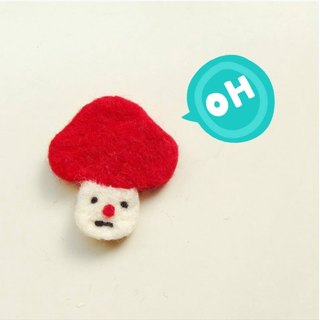Mew in Wonderland ─ wool felt melancholy mushroom mushroom mushrooms red head pin