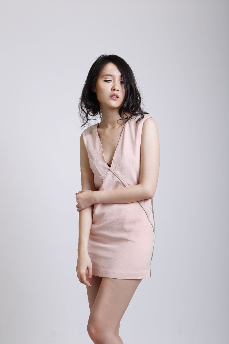 SARTO 2014 SS // pale pink sleeveless A-line dress