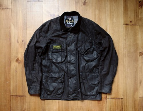 Rolling on [vintage] CJ-3306 BARBOUR black internationl heavy machine jacket