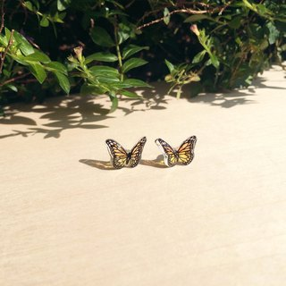 * Haku‧Neko * Orange yellow hand-painted butterfly earrings (flying)