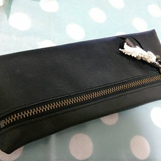 Leather zipper bag