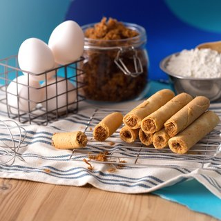 = Star Product = Classic Meat Egg Roll (boxed)