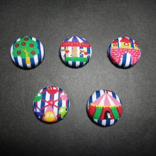 (C) Tong Park _ cloth magic button badge C40DVY63