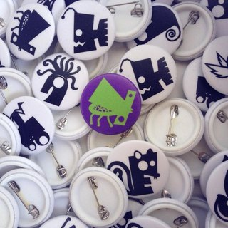 JokerMan- color Cute animal / English alphabet small badge -No.25 small beetle