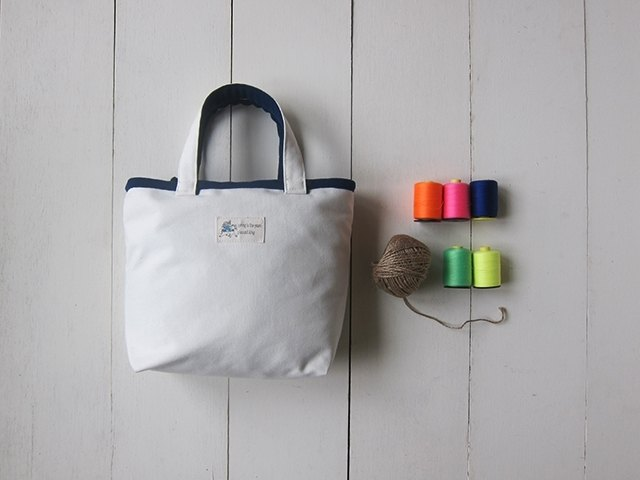 Macaron Series - Canvas Tote (White + Navy)