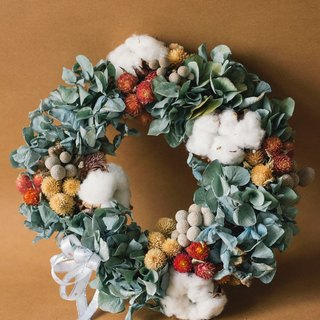 Fleurir Blossoming Time | Classical Christmas Wreath Hydrangea Dry wreath is made to order