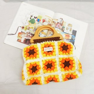 · Original Series crocheted sunflower Sen Department handbag splicing