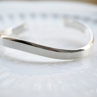 Handmade 925 sterling silver [micro wide version neutral oval opening C-shaped bracelet] Never give up