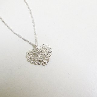 Silver necklace / Love ‧ Tibetan heart does everything he knows