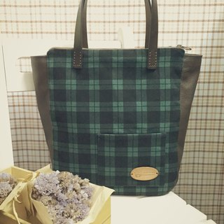 Clare hand-made cloth / Classic Plaid three commuter bag College Wind