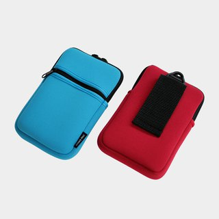 "Lisa L. 4.8"" mobile phone / camera protection bag."