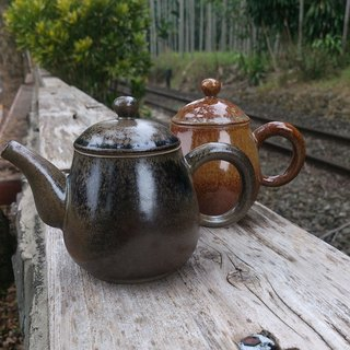 【Tim Hing】 handmade teapot (elegant section)