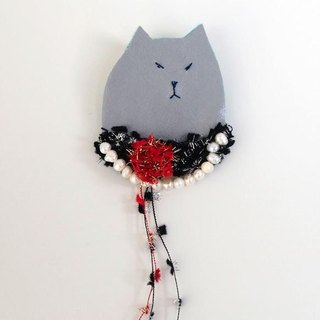 Lady brooch No. 003 of dressed up cat [MTO]