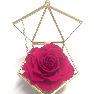 Copper golden pentagonal jewelry box withered roses