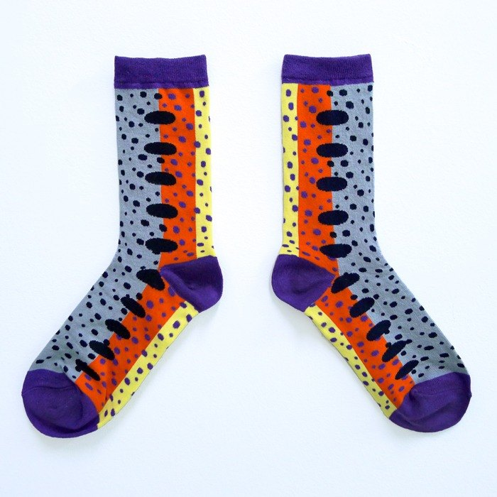 Fish and fish swim in the water / Gray twist / animal love you series socks