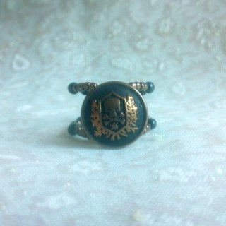 Buckle. Carved skull ring -PUNK Button Ring - bronze beauty
