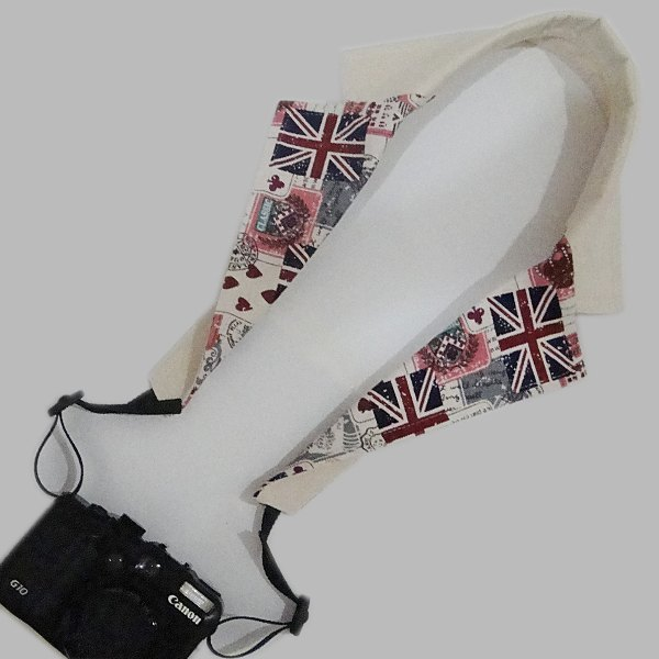 British collar shape camera strap