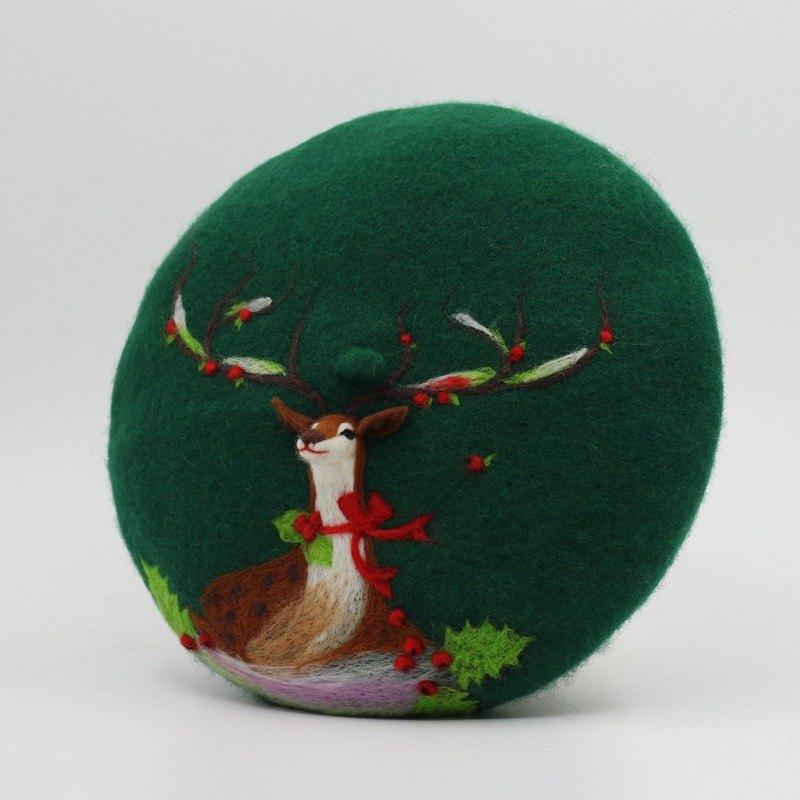 8ee897dc1a00b Christmas gift original handmade wool felt beret painter cap needle felting  perspective deer - Green - Designer kerenhome